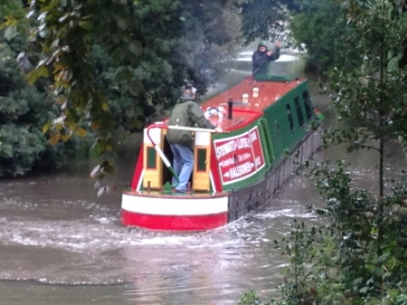 narrowboat upriver 2